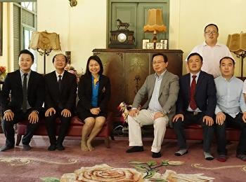 สำนักศิลปะและวัฒนธรรมได้ต้อนรับคณะผู้บริหารจาก Jiang Xi Feng Lin Professional College Foreign Economy and Trade สาธารณรัฐประชาชนจีน