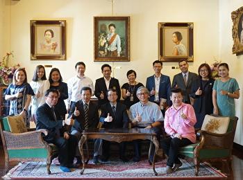 อธิการบดีและคณะผู้แทนจาก Chia Nan University of Pharmacy & Science (CNU) เยี่ยมชมพิพิธภัณฑ์อาคารสายสุทธานภดล