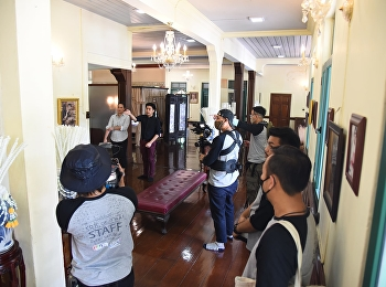 The Curator Gives Interview to Top of Thai Program